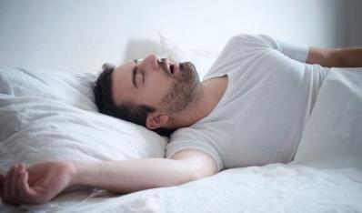 睡觉打呼噜怎么办?解析病源助你整晚安睡