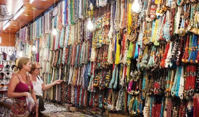 旅游时购物 游客更爱生活化商品