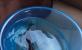 松花江的鱼出水瞬间冻成